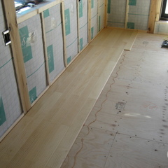 無垢の床材を使った家づくりは千葉県我孫子市の青山都市建設まで!57