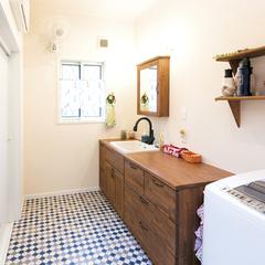 奥様がデザインしたオリジナル洗面化粧台