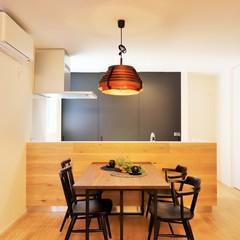オープンキッチンで家族と団らんのとれるキッチンをTRETTIO GRAD(トレッティオグラード)で...。