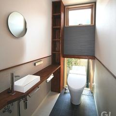 スタイリッシュな和モダンなトイレ