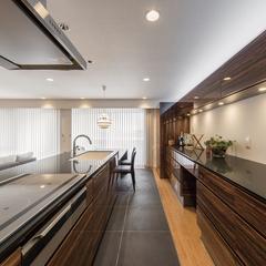 家事動線を考えたリゾートライクなキッチンダイニング