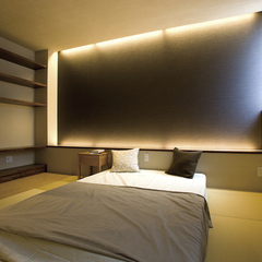 落ち着いた和モダンな寝室