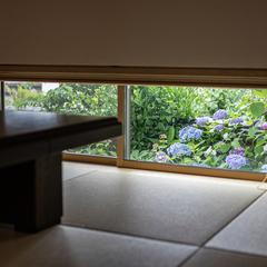 和の趣 窓から四季を感じる