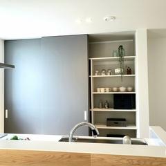 食器も家電もまとめて入る!大容量のキッチン収納棚。北欧デザイン規格住宅TRETTIO GRAD(トレッティオ グラード)