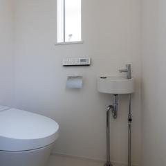 theシンプル!自然素材に包まれ清々しい気持ちになるトイレ