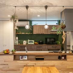 デザイン住宅の木のぬくもりを感じるナチュラルでオシャレなキッチン