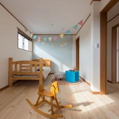 北欧風でかわいい自然素材に囲まれた子供部屋