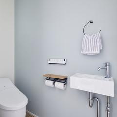 ナチュラルで可愛らしいトイレのあるデザイン住宅