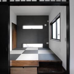 黒X白の組み合わせがカッコイイ和室