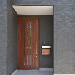 注文住宅で実現!モダンシンプル お気入り玄関ドア
