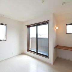 造作机でスッキリ空間が生まれる洋室