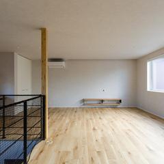 建築家住宅R+house 沢山の光が入る明るい2階リビング