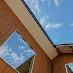 君津市大中の地震に強いタイルと杉板を使用した上質な平屋を建てるならバリーズFC本部店