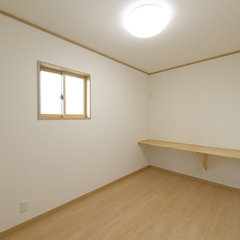 シンプルな洋室は埼玉県川越市の三幸住宅まで!