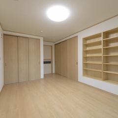 シンプルモダンな洋室は埼玉県川越市の三幸住宅まで!