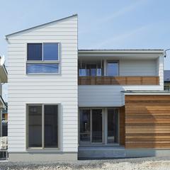 山形市の注文住宅なら山形県山形市の設計士とつくるデザイナーズ住宅ハウスデザインまで♪1-1-1 外壁・ホワイト・ガルバリウム・アクセントウォール