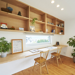 東根市の新築一戸建なら山形県山形市の設計士とつくるデザイナーズ住宅ハウスデザインまで♪1-2-11 カウンター・ファミリースペース・造作