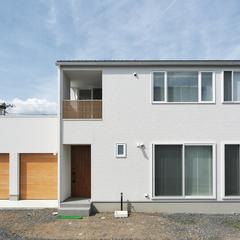 東根市の注文住宅なら山形県山形市の設計士とつくるデザイナーズ住宅ハウスデザインまで♪1-3-1 外壁・窯業・ガレージ・ホワイト