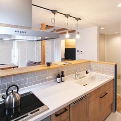 村山市の注文住宅なら山形県山形市の設計士とつくるデザイナーズ住宅ハウスデザインまで♪1-3-7 キッチン・照明・タイル