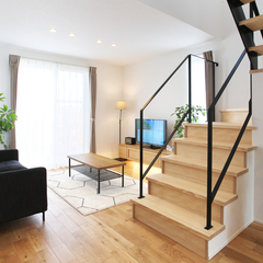 寒河江市の注文住宅なら山形県山形市の設計士とつくるデザイナーズ住宅ハウスデザインまで♪1-4-3 リビング・階段・アイアン