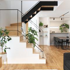寒河江市の新築一戸建なら山形県山形市の設計士とつくるデザイナーズ住宅ハウスデザインまで♪1-4-4 リビング・階段