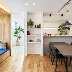 山形市の注文住宅なら山形県山形市の設計士とつくるデザイナーズ住宅ハウスデザインまで♪1-4-6 ダイニング・棚・照明