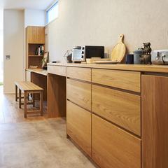 山形市の新築一戸建なら山形県山形市の設計士とつくるデザイナーズ住宅ハウスデザインまで♪1-1-5 キッチン・造作・カップボード・カウンター