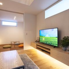 山形市の夢のマイホームなら山形県山形市の設計士とつくるデザイナーズ住宅ハウスデザインまで♪1-5-6 リビング・造作TVボード・照明