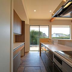 山形市の新築一戸建なら山形県山形市の設計士とつくるデザイナーズ住宅ハウスデザインまで♪1-9-2 キッチン、庭