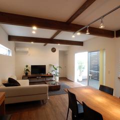 寒河江市の新築一戸建なら山形県山形市の設計士とつくるデザイナーズ住宅ハウスデザインまで♪ 表し梁、ダクトレール、スポットライト