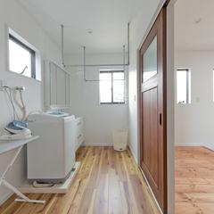 洗濯物が一部屋で片付く、家事楽なランドリースペース♪