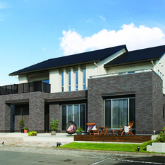 高槻市安満北の町のインダストリアルな家で光庭のあるお家は、クレバリーホーム高槻店まで!