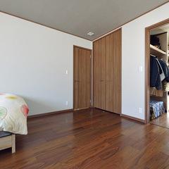 秦野市清水町の地震に強い安心して暮らせる太陽光発電の一軒家を建てるならクレバリーホーム秦野店