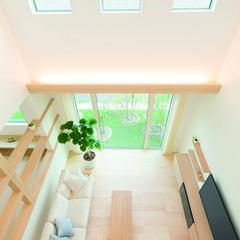 熊谷市御稜威ケ原のスキップフロアーの家でストリップ階段のあるお家は、クレバリーホーム 熊谷店まで!