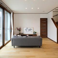 新座市北野のカントリーな外観の家でスケルトン階段のあるお家は、クレバリーホーム 新座朝霞店まで!